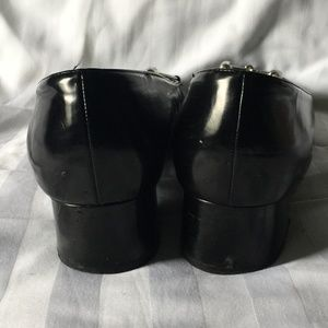 Gucci Shoes - GUCCI Black Leather Low Heels w. Silver Horse bit